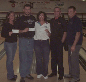 AMF HILLTOP LANES CLASSIC DIV. WINNERSDecember 4 & 5, 2004 (L to R)Jamie Jarvis 4th, Tim Robinson 2nd, Kelly Leger CHAMPION,