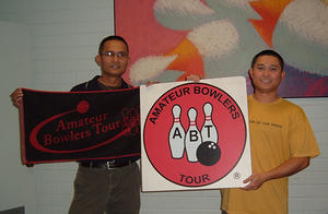 DELTON LANES FALL DOUBLES WINNERS NOV. 14 & 15, 2009 Sevam Aphayrath and Hung Vu CHAMPIONS